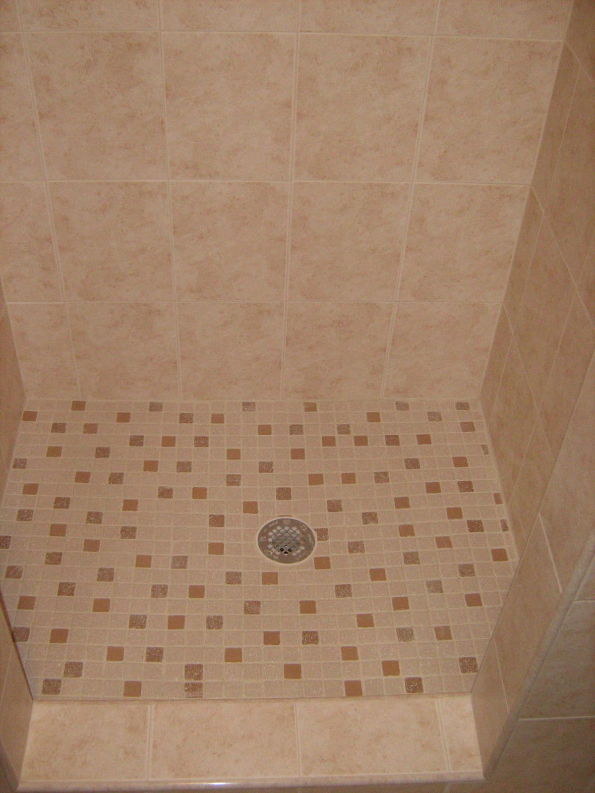 Bathroom shower floor
