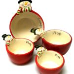 cute snowman measuring cups in red with different variant of cup sizes