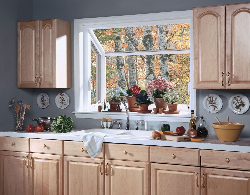 How to Decorate Garden Windows for Kitchens So That the ...