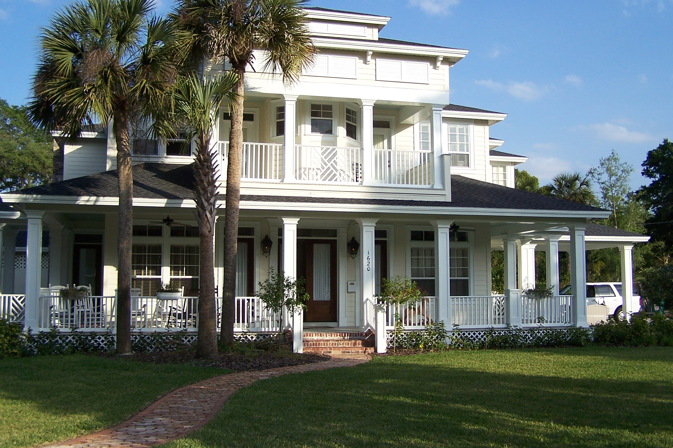 Key west style home designs homesfeed for Home palns