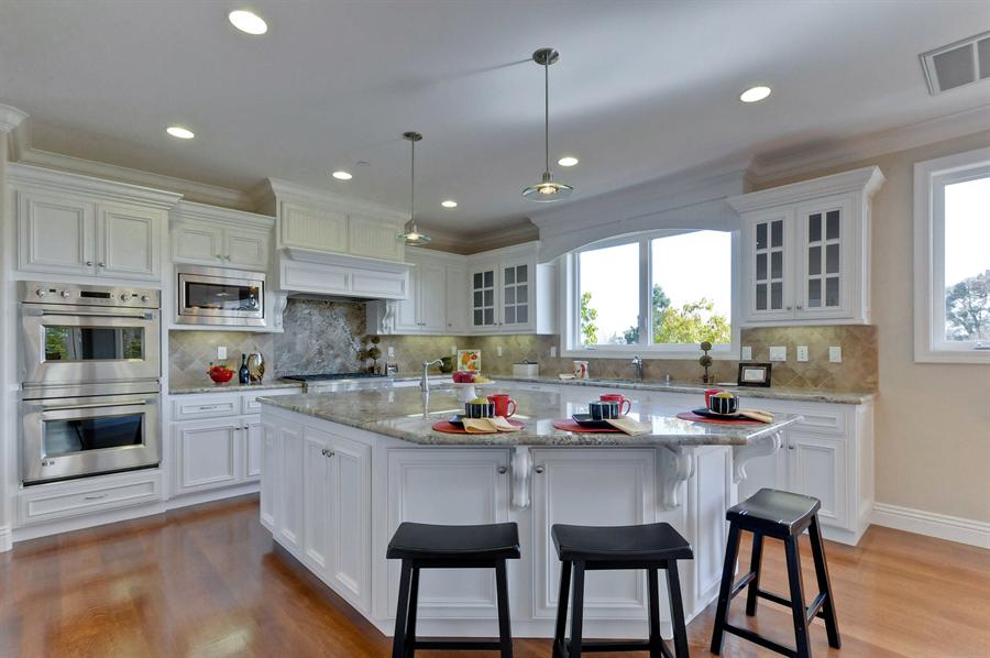 Large kitchen islands with seating and storage that will - Large kitchen islands with seating and storage ...