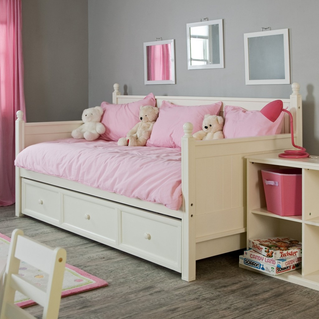 Girls Kids Childrens Wooden Nursery Bedroom Furniture Toy: The Pictures Of Comfy And Lovely Daybeds That Invite You