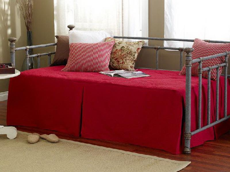 Enjoy Amusing Relaxing Moments With Adorable Queen Size