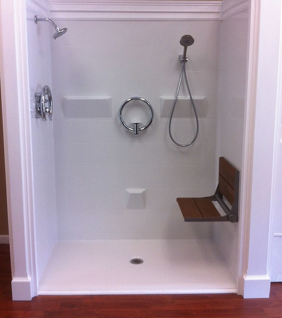 Home Design Ideas For Seniors: Positive Facts About Walk In Showers Without Door