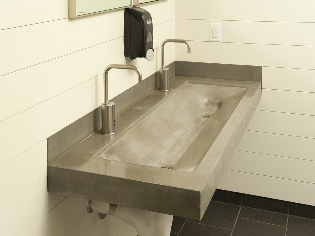 Trough sinks for efficient bathroom and kitchen ideas for Recycled bathroom sinks