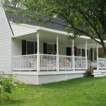 white railings for front porch in mobile home