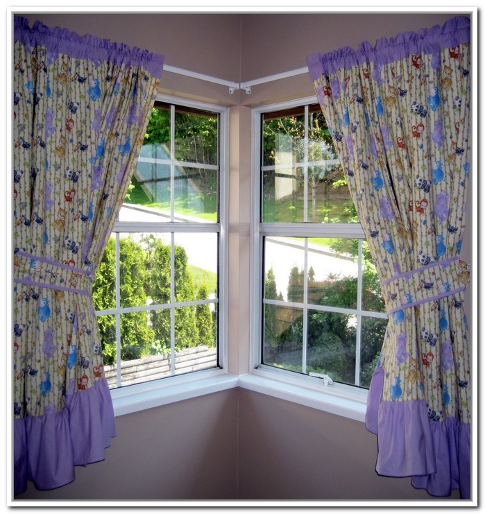Corner Window Curtains: Styles of Decorating Ideas | HomesFeed