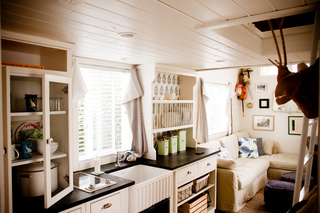 Trailer Decorating Ideas