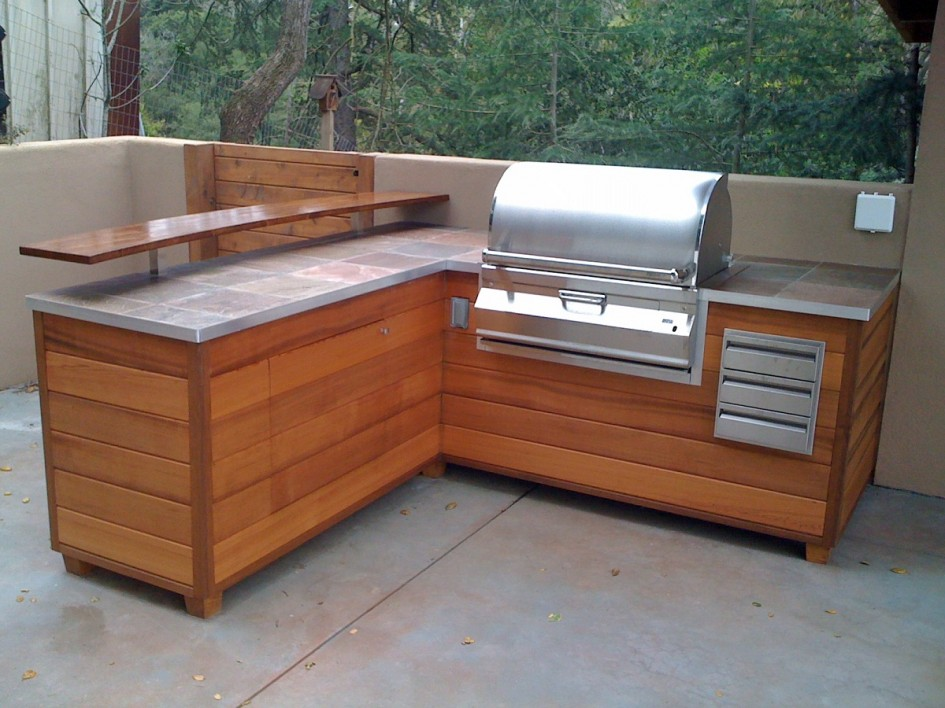 Best outdoor countertop ideas homesfeed - This gas helps keep swimming pools clean ...
