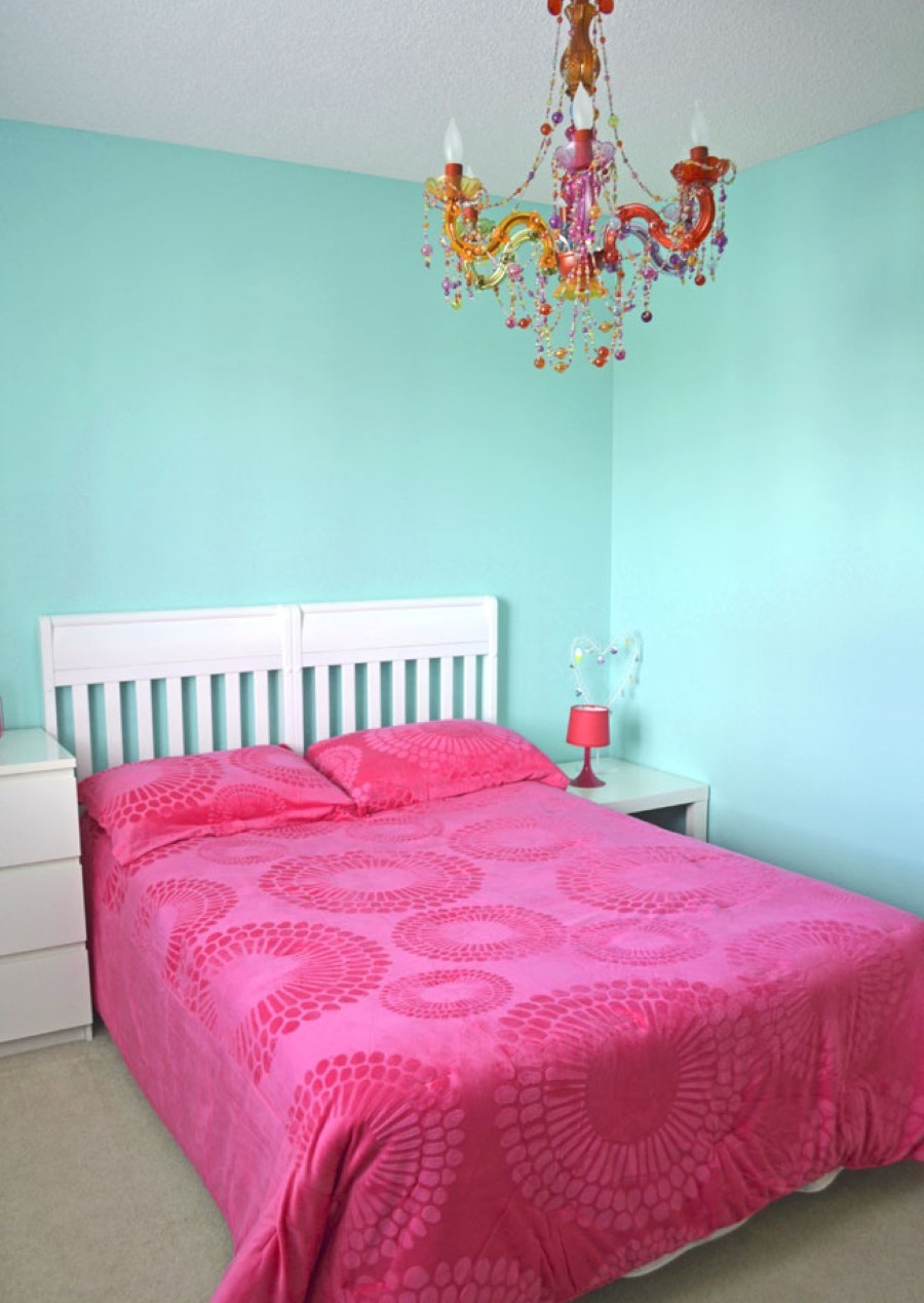 Turquoise Wall Paint, Called as the Royal Color   HomesFeed