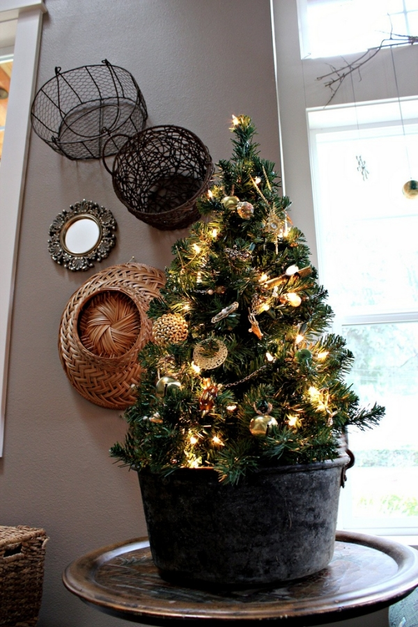 Black Tabletop Christmas Tree