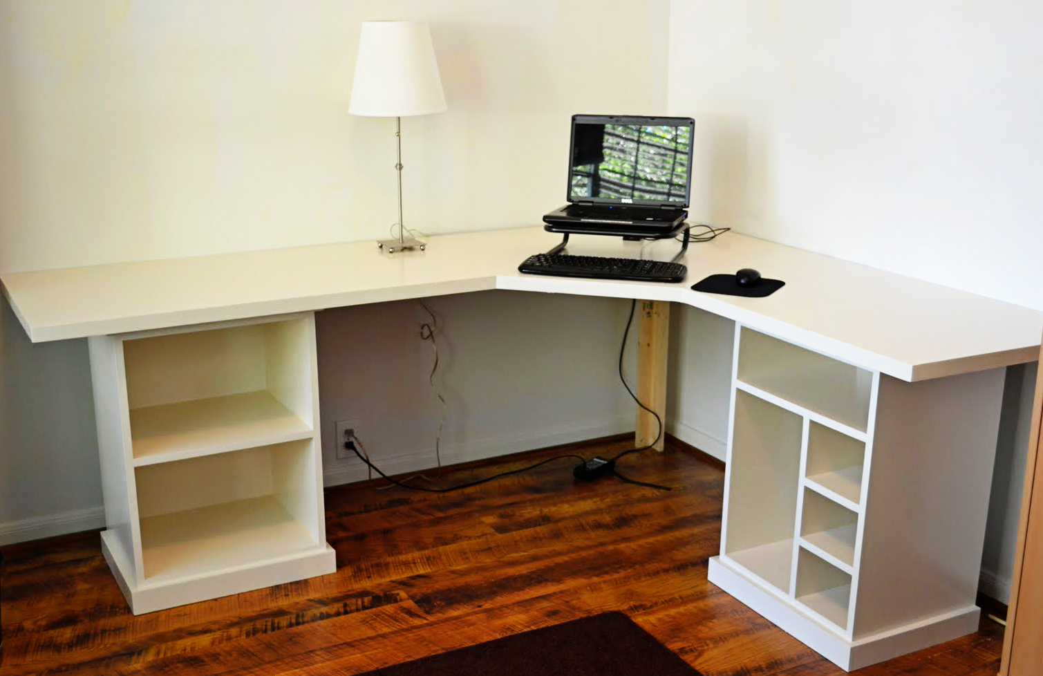 Office Desk Diy: How To Transform A Busy Office Into The Adorable One With