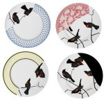 Artistic plate with beautiful birds pictures
