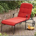 Patio cushion idea in red color