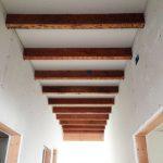 beams exposed ceiling