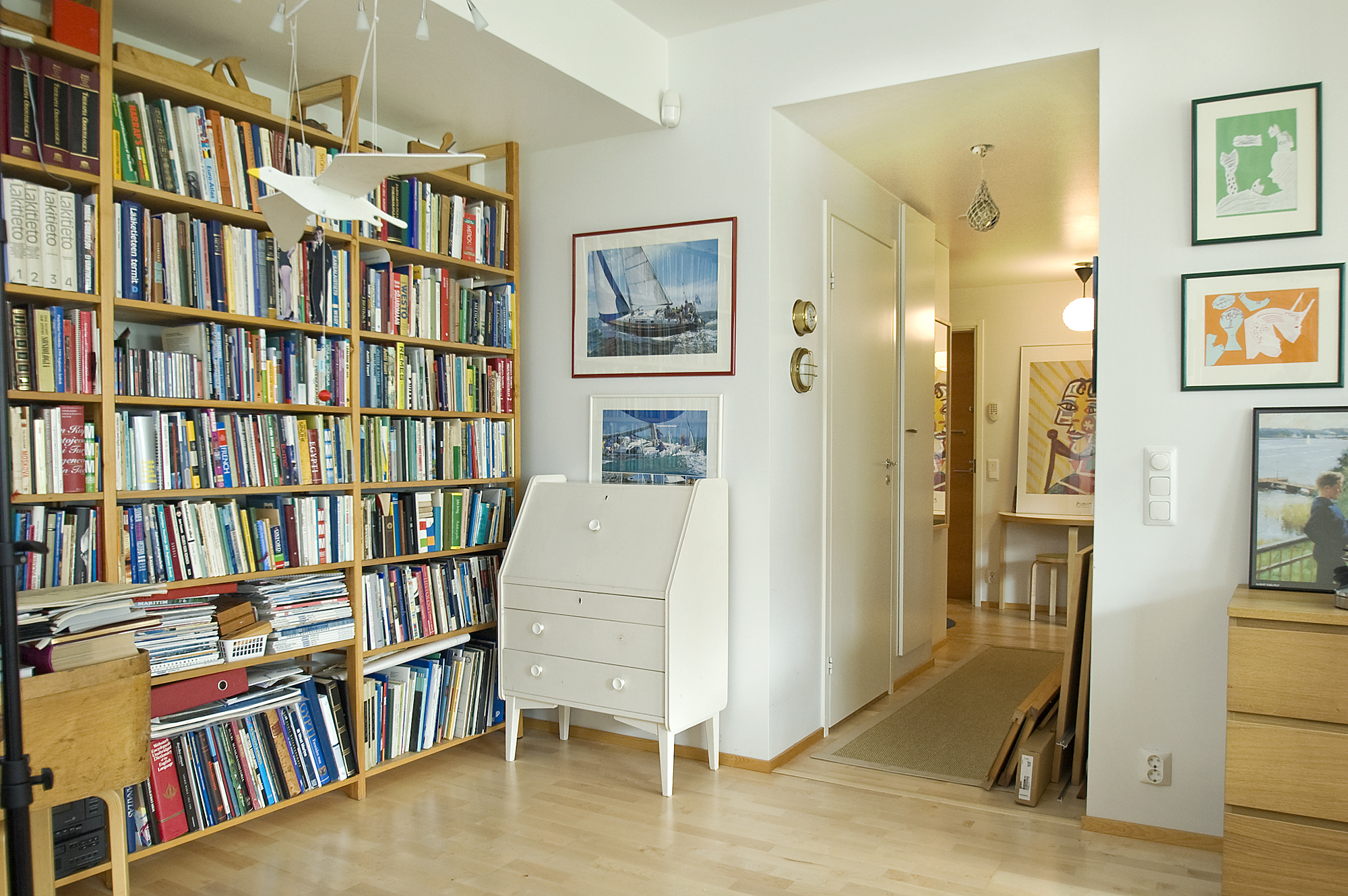 Home library design homesfeed for Home design ideas book