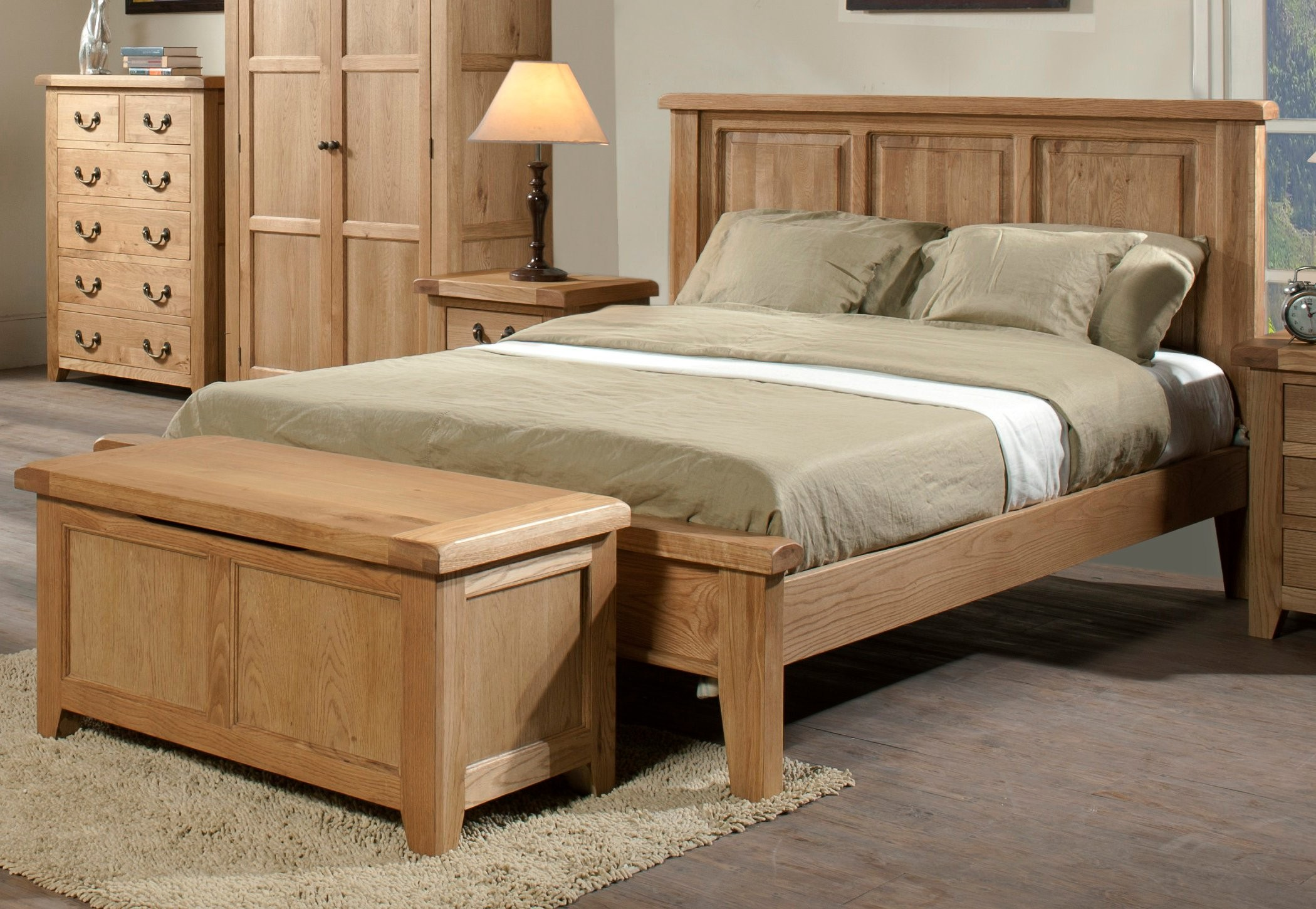End Of Bed Benches Extra Storage And Beauty Homesfeed