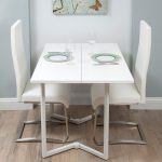 glass plate table chairs pic
