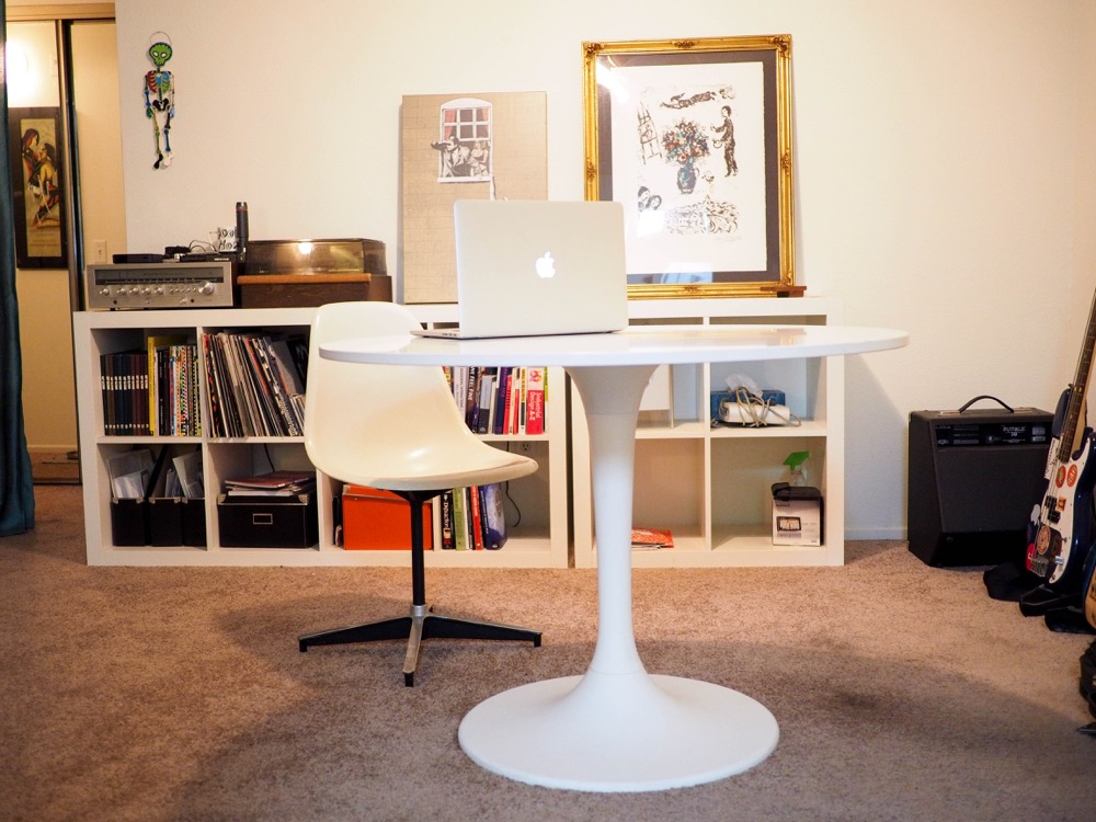 20 Hassle Free Zen Dining Room Decorating Ideas: IKEA Tulip Table To Present Hassle-free And Minimalist