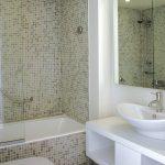 mirror bath tub small toilet sink