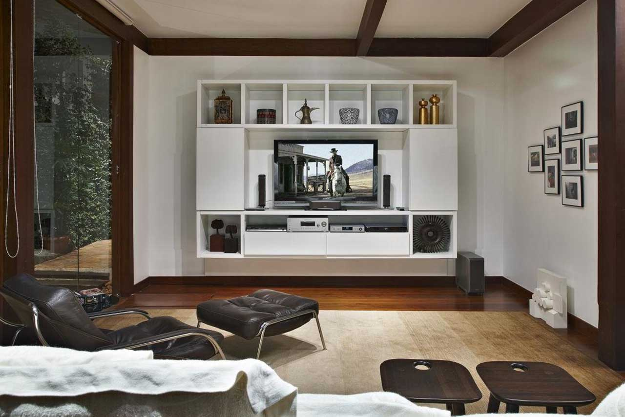 Flat screen tv wall cabinets offering space saving for Family room ideas with tv