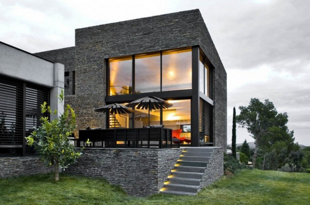 3 Favorite Modern Siding Options - HomesFeed on Contemporary Siding  id=49383