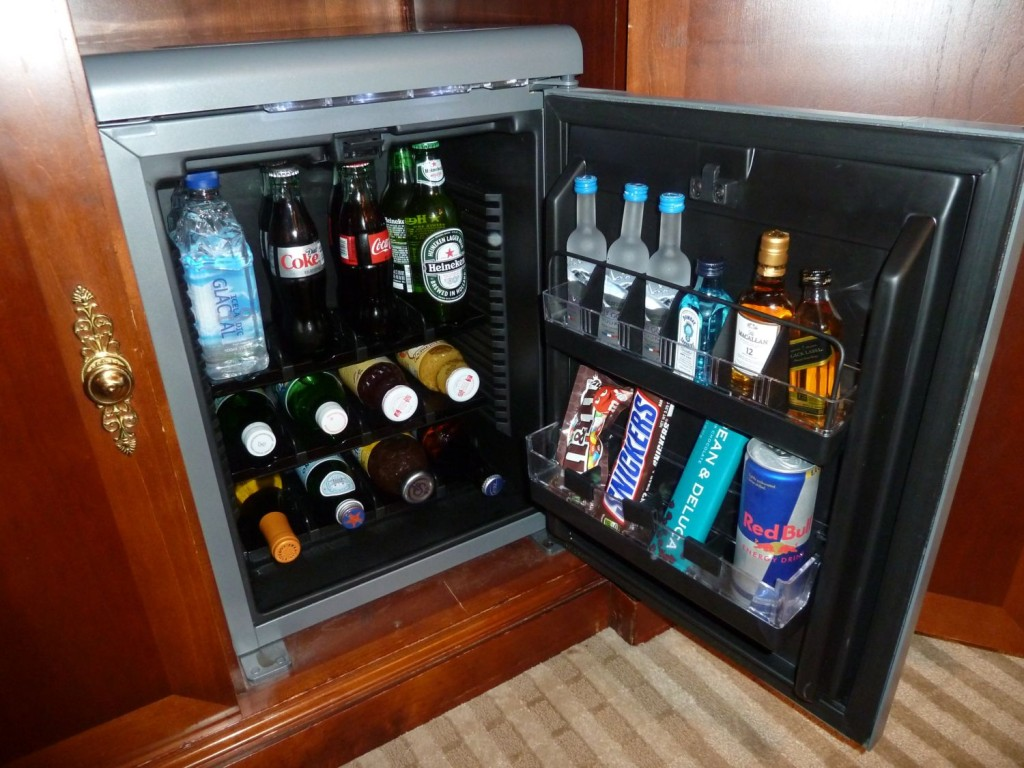 4 Great Built In Mini Fridges Of The Year Homesfeed