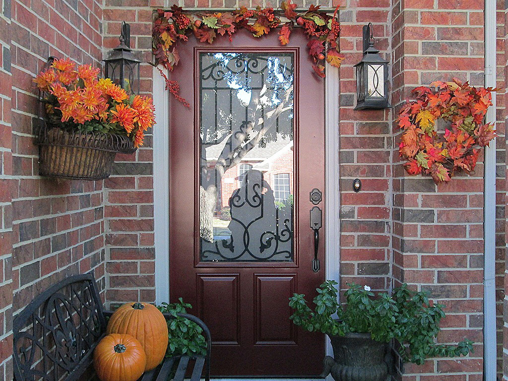 Exterior Wall Decoration Ideas: Outdoor Thanksgiving Decoration Ideas That You Must Know