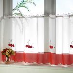 simple white and red cafe half window curtains for kitchen decorated with flower vase as the centerpiece