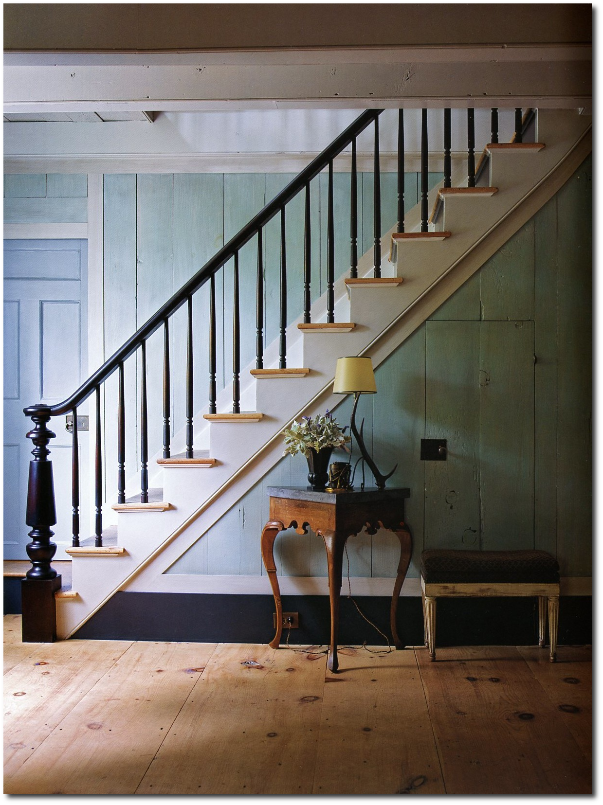 Colonial Home Interior | HomesFeed