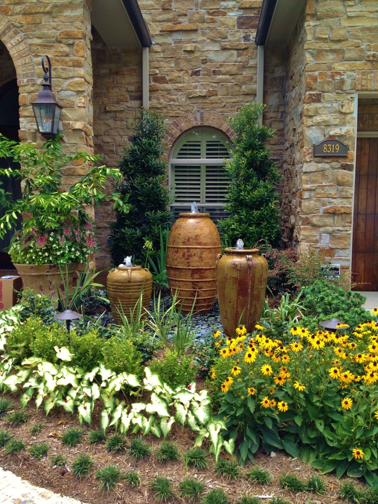 Front Yard Fountain Takes the Best Water Feature for ... on Backyard Ideas For Large Yards id=36187