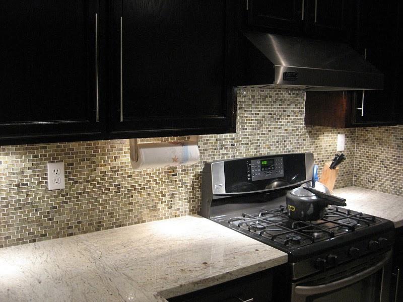 River White Granite With Dark Cabinets Www Redglobalmx Org