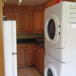 washer dryer kitchen wood set lamps