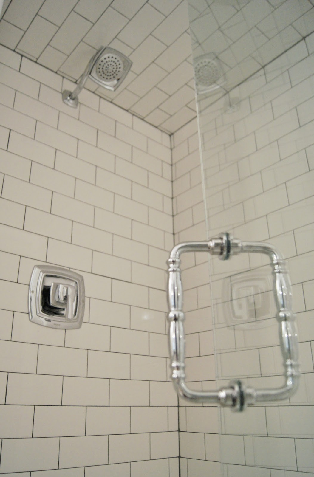 Marble Subway Tile Shower Offering The Sense Of Elegance