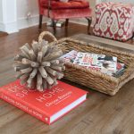 wood coffe table book basket chair