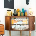 A bar cabinet idea that looks like TV set in vintage style