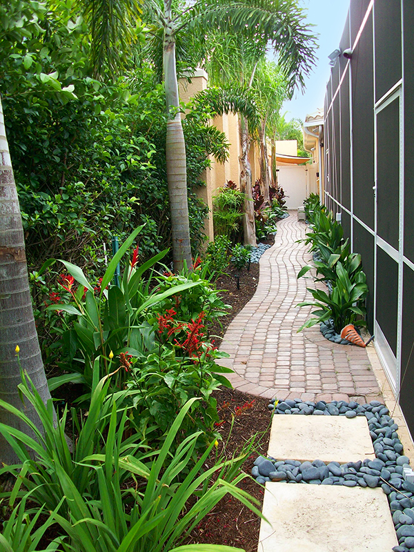 Design Your Own Landscape - HomesFeed