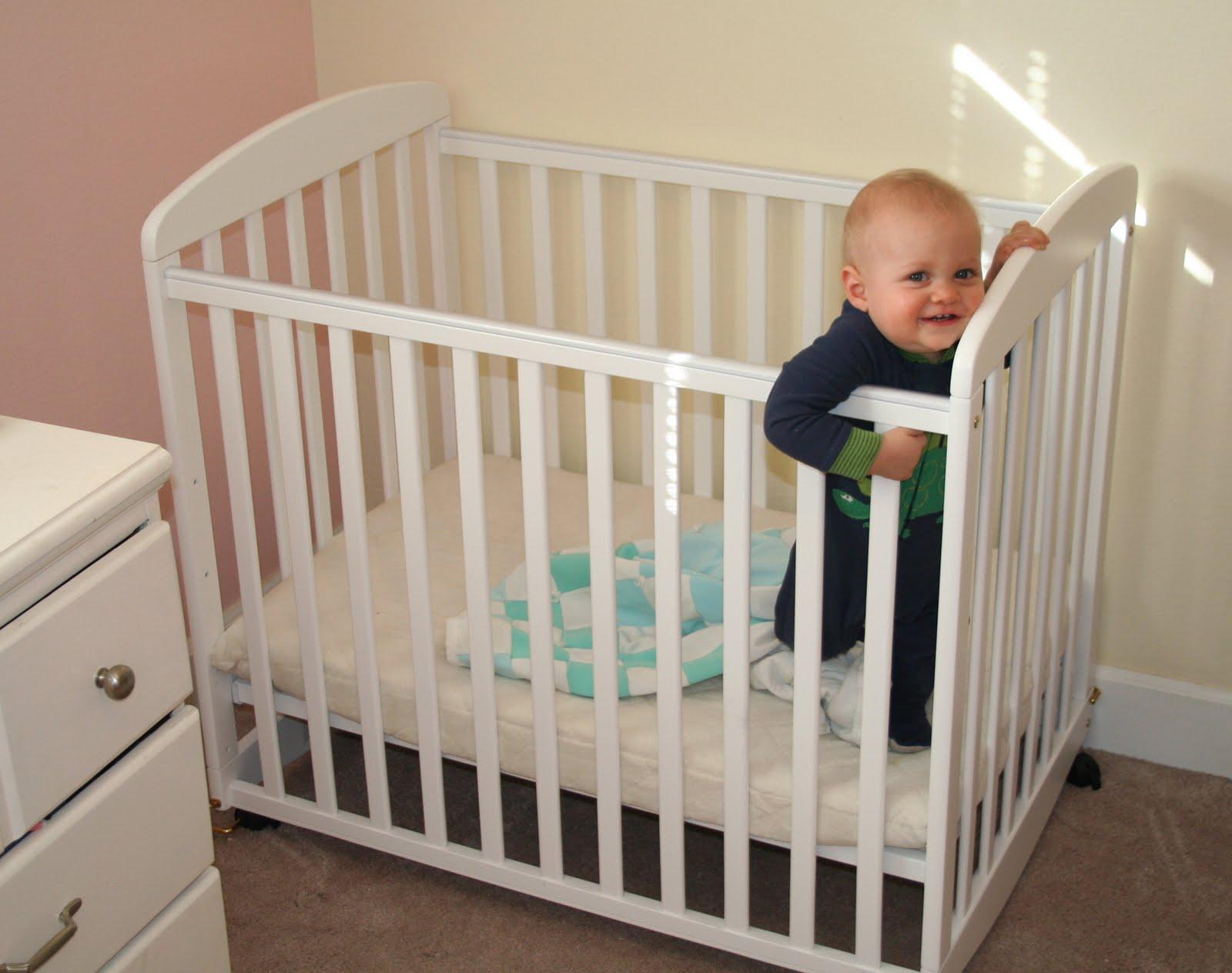 Mini Crib Dimensions - HomesFeed
