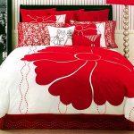 Beautiful white comforter with big red rose motif