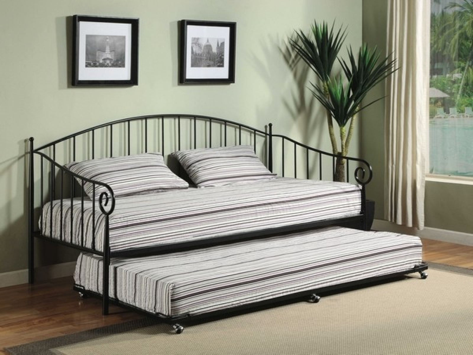 Room Decoration For Metal Bed