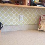 Classic wallpaper in light green for kitchen backsplash open wooden shelves for kitchen knives holder