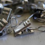 Metal clips for photos or paper sheets