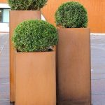 Mininalist steel boxes planter for outdoor use