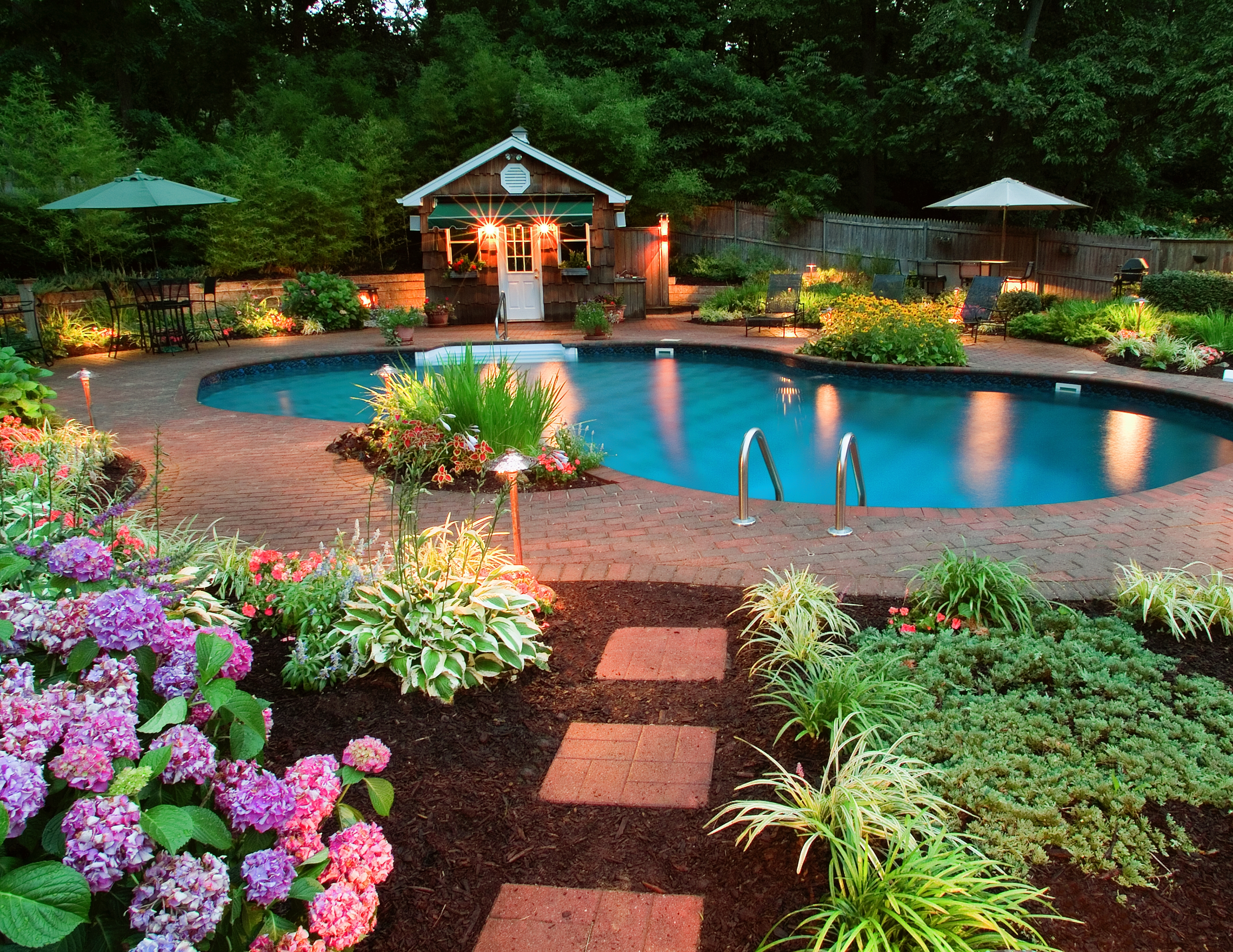 Perfect Backyard Pool With Beautiful Flower And Lighting Round Swimming Landscaping
