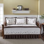 White velvet bed set with beautiful textured floral pattern for wooden daybed wall white shelf for displaying some decorative items jute rug idea