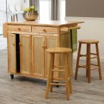 Wooden Kitchen Island With The Chairs