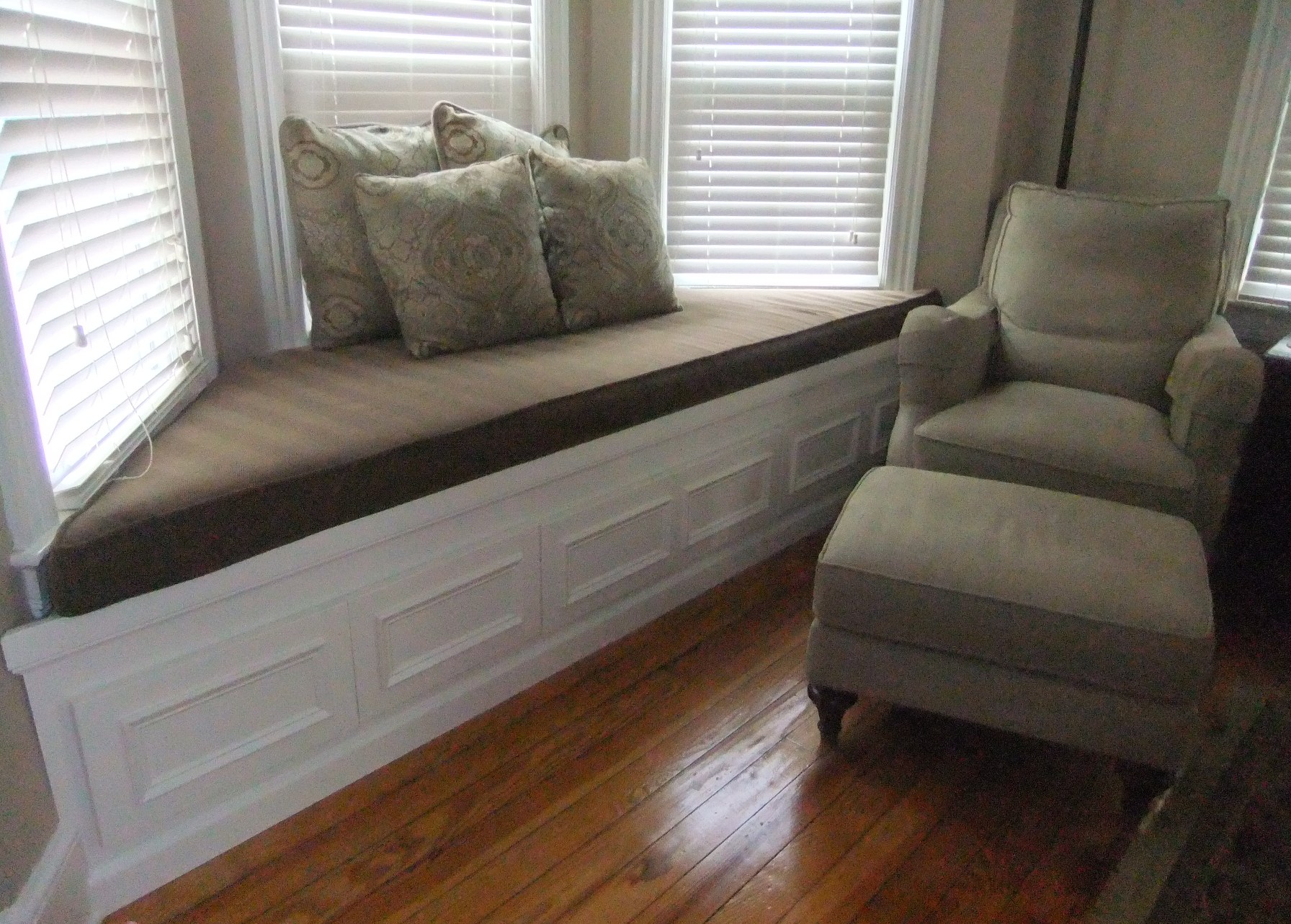 Amazing Window Seats With Storage For Bay Windows Dark Upholstery And Comfy Cushion Together