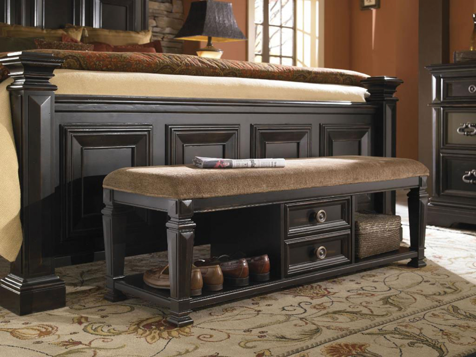 Bench By Bed: Add An Extra Seating Or Storage To Your Bedroom With An