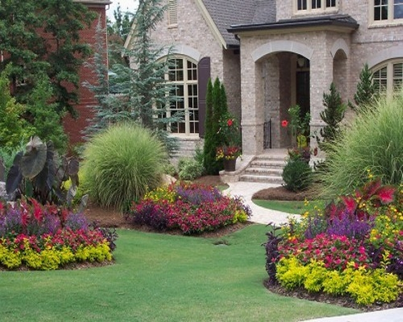 Front Yard Landscape Plans With Colorful Plants And Green Gres Pretty House Wonderful Design