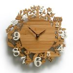 Animal themed wood craft wall clock idea